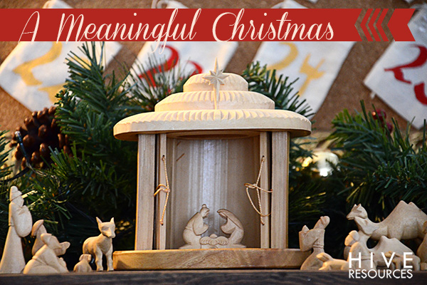Meaningful Christmas Traditions {Hive Resources}