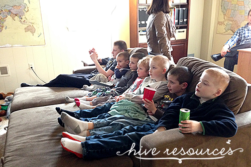 Hospitality and kids {Hive Resources}